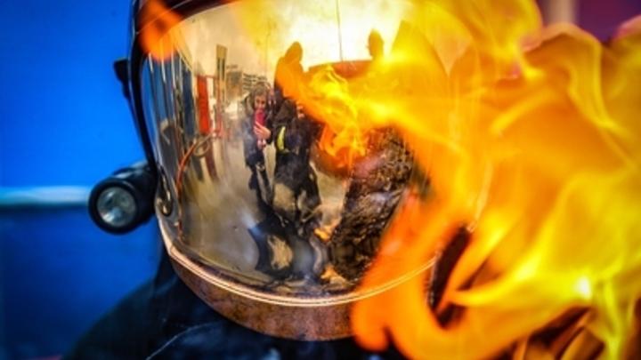 В Сочи ночью сгорел торговый павильон