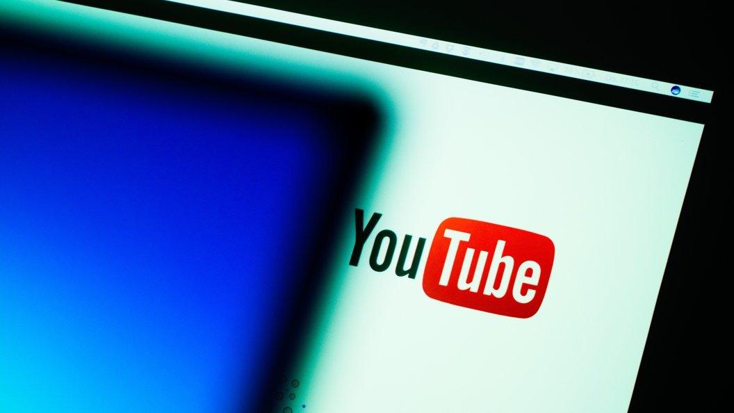 Роскомнадзор оштрафует СМИ, опубликовавшие видео провального баттлаOxxxymiron