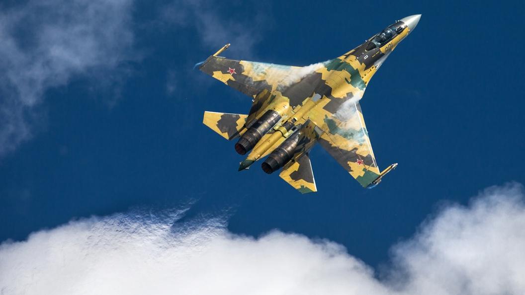 Су-35 «устроит трудности» американскому истребителю F-35— специалисты