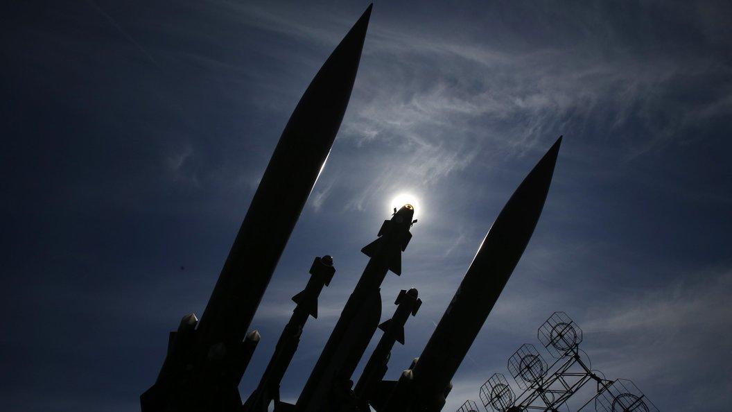 Зенитные ракетные комплексы С-400 заступят набоевое дежурство вКрыму