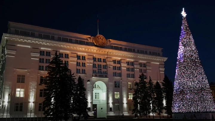 Кемеровская мэрия потратит на охрану снежных городков почти 2 миллиона