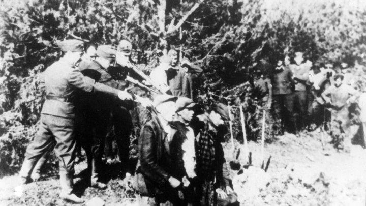 Мерсы, баварское пиво и трубы крематориев: Владельцу сафари-парка, выступившему за Сибирь для нацистов, напомнили про другие преимущества