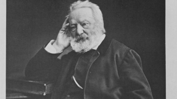Виктор Гюго: Монархист, романтик и учитель Достоевского