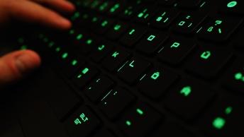 Советник президента США попросил Россию о сотрудничестве в киберсфере