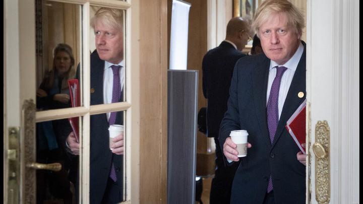 Глава МИД Британии не исключил новых санкций против России после Brexit