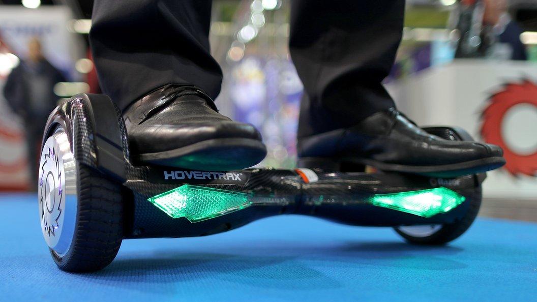 ГИБДД: Двухколесные скутеры могут приравнять к мопедам