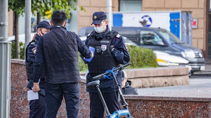 В Петербурге 350 сотрудников полиции прикрепились к избирательному участку на Васильевском острове