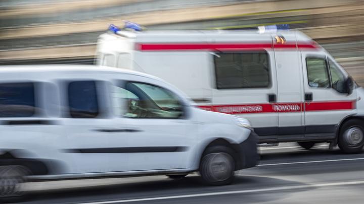 Пожилой мужчина погиб после падения с большой высоты в Кемерове