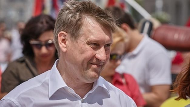 «Литры адреналина» от мэра Новосибирска превратили его в звезду соцсетей - видео