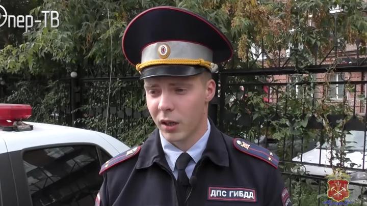 В новокузнецке сотрудники ГИБДД спасли пассажирку такси с сердечным приступом