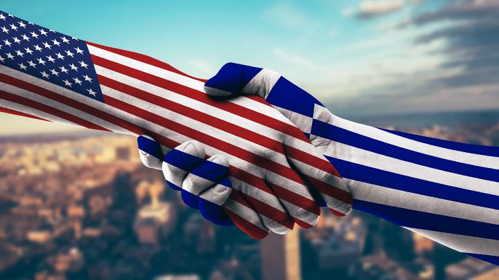 Памятники российские, а базы американские: Как США превращают Грецию в Грузию
