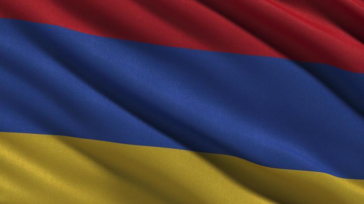 Трое граждан России пострадали при взрыве в ереванском ресторане
