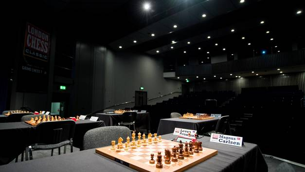 Шахматная федерация России перенесла выдвижение кандидата в президенты ФИДЕ