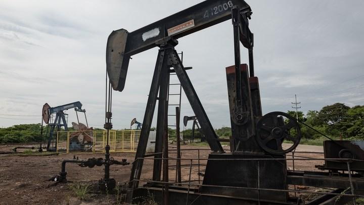 Переносом офиса PDVSA в Москву Каракас защищает свои нефтяные доходы от американцев - эксперт