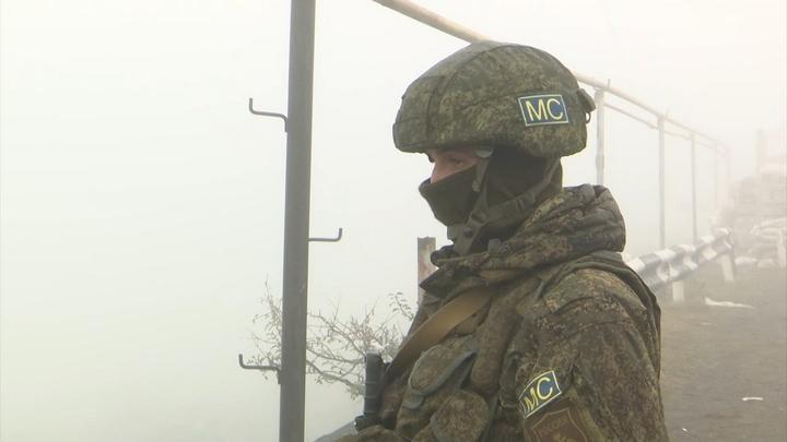 Досматривают каждую машину: Минобороны раскрыло детали службы русских миротворцев в Карабахе