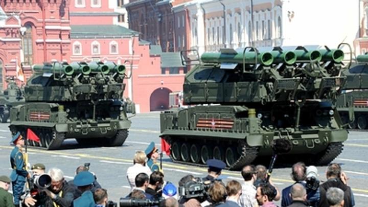 И днем и ночью: Когда и где перекроют московские улицы для репетиции Парада Победы