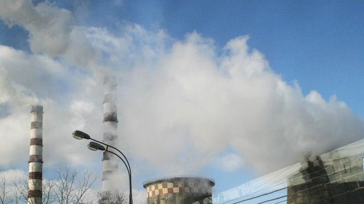 Жители Новосибирска сообщили о взрыве и пожаре на местной ТЭЦ
