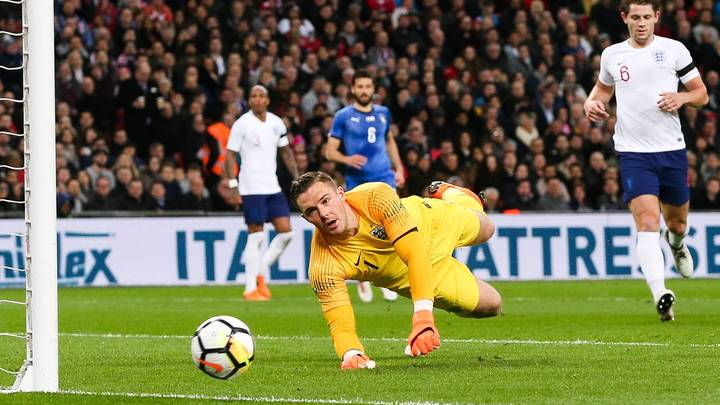 Английский футболист раскритиковал видеопомощь арбитрам на матчах