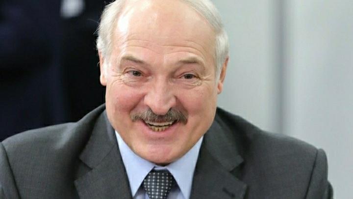 Лукашенко запутался в показаниях. Хоть сейчас объединимся с Россией, но суверенитет - это святое - видео