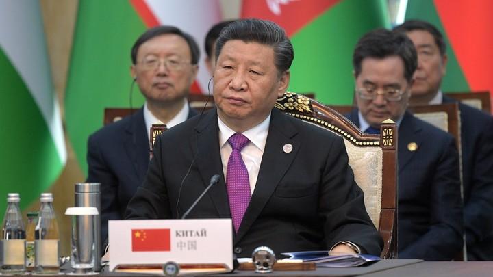 Ужин в честь президента Вонючая дыра: Facebook оскорбил главу Китая Си Цзиньпина