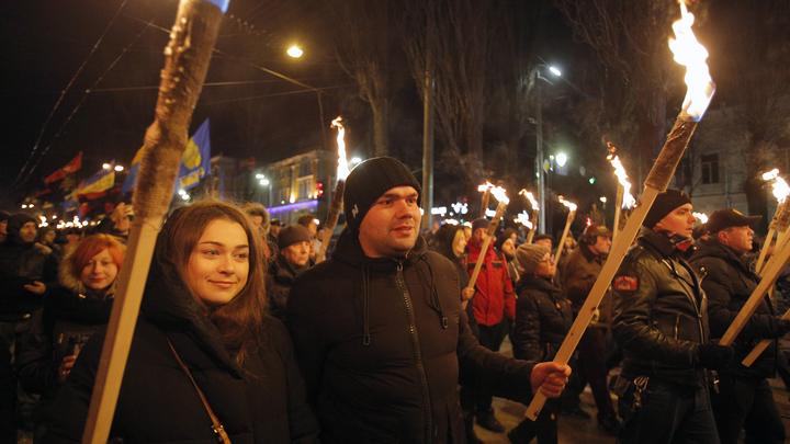 Виновата будет Россия: В Рунете рассказали, почему в Европе не увидели шествующих нацистов в Киеве