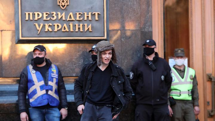 Хочется продолжить, но не сглазить: Коц указал на интересные факты вокруг иска России