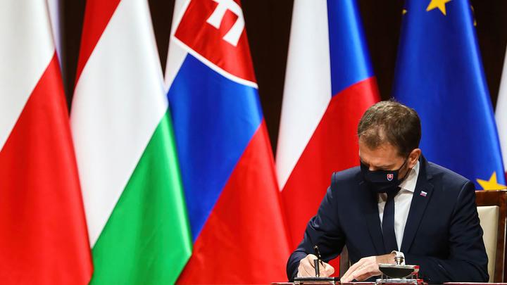 Новости Запада: Словакия просит Спутник, а Франция учит, кто такой Александр Невский