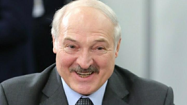 Вот! Понял?: Лукашенко и Мишустин открыто посмеялись над COVID-19