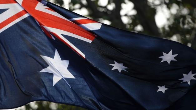 «Не мышонок, не лягушка»: В Австралии разрешили писать в паспортах третий пол