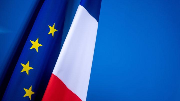 Теперь картавый: К обвинению России присоединился президент Франции