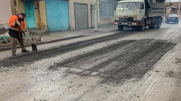 Старший приказал: Ростовский сити-менеджер потребовал за месяц залатать все ямы в городе