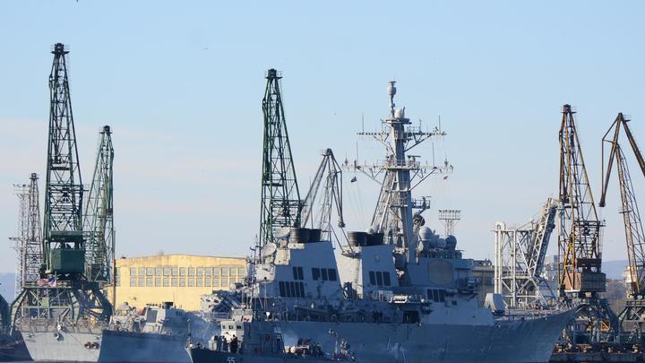 Снесло крышу: Появление эсминца США в Черном море вдохновило укронацистов на новые подвиги