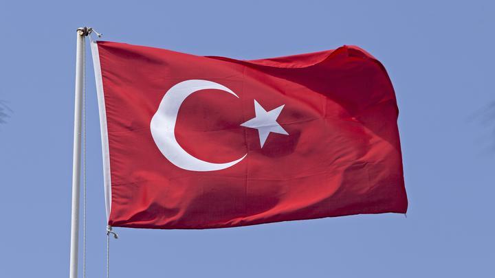 Сначала палатка, потом спецназ: Турки оккупировали часть территории Греции