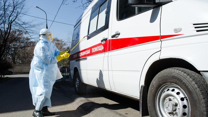 Закрывались больницы, увольняли врачей... Долбануло так, что мало не покажется - Юрий Пронько