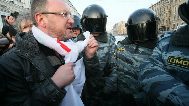 Петербургского депутата, устроившего бесчинства 12 июня, арестовали