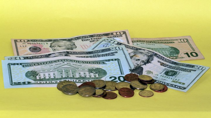 В завещании бедной учительницы из США нашли сбережения на 1 млн долларов