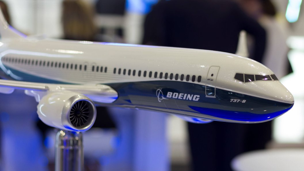 Boeing представил обновленную версию лайнера 737 Max