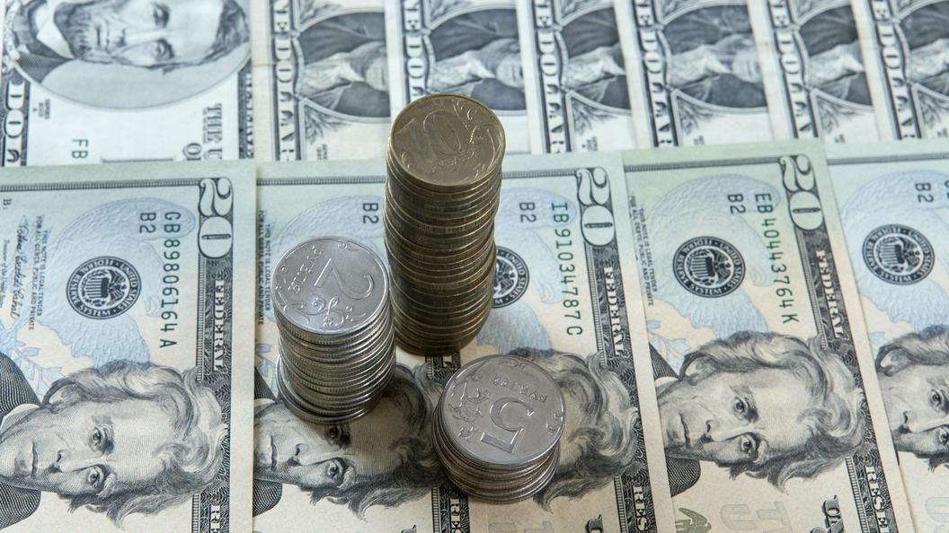 Российский рубль берет реванш у американского доллара