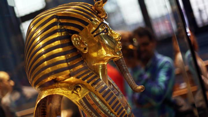 Французский исследователь доказал внеземное происхождение кинжала Тутанхамона