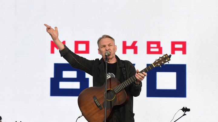 Александр Скляр дал дружеский совет оскорбившему всех русских людей Макаревичу