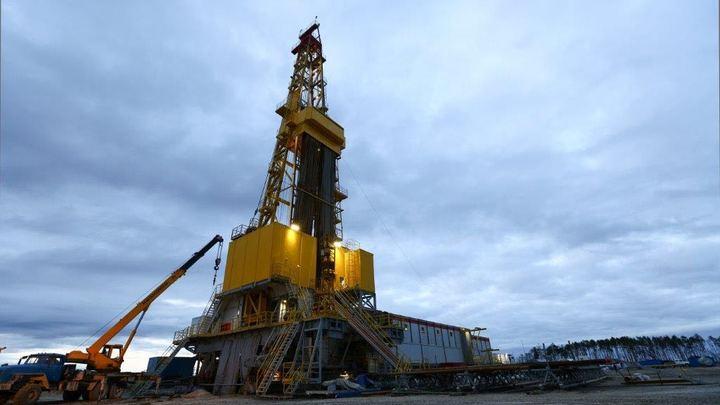 Согласны все, кроме Мексики: На переговорах по сделке ОПЕК+ пришли к соглашению о сокращении нефтедобычи