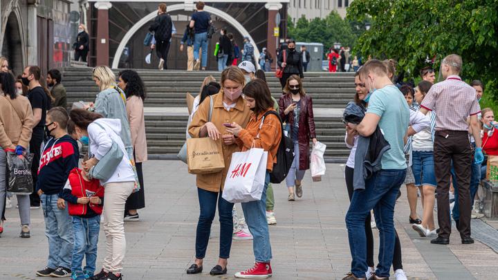 В Петербурге предусмотрено 110 тысяч путевок в летние лагеря: власти уверяют, что хватит всем
