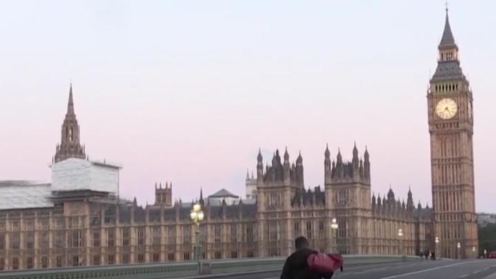 Присосались как пиявки: Пронько нашёл наши миллиарды в карманах лондонских бегунов