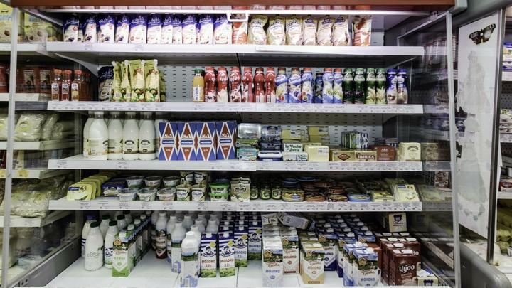 Почти все молоко на прилавках петербургских магазинов оказалось разбавленным