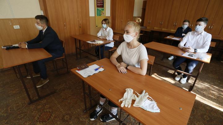Коронавирус на Кубани к 9 ноября: в крайцентре учеников и педагогов обязали носить маски в школах