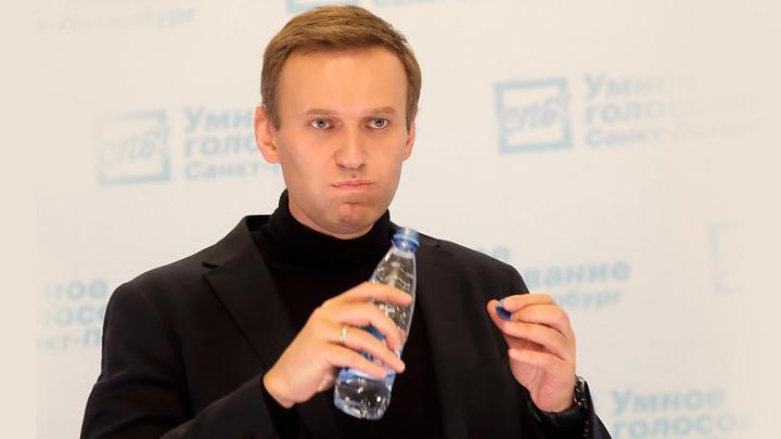 Паника и растерянность: Навальный ищет врагов-отравителей в своём окружении
