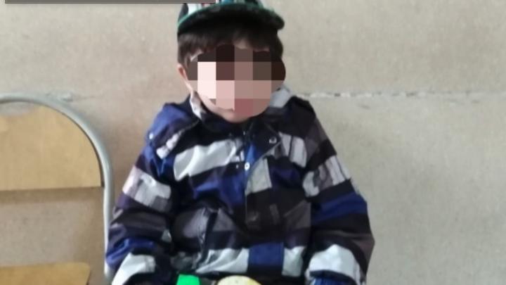 В Челябинске полиция вернула матери пропавшего четырёхлетнего ребёнка, которого нашел таксист