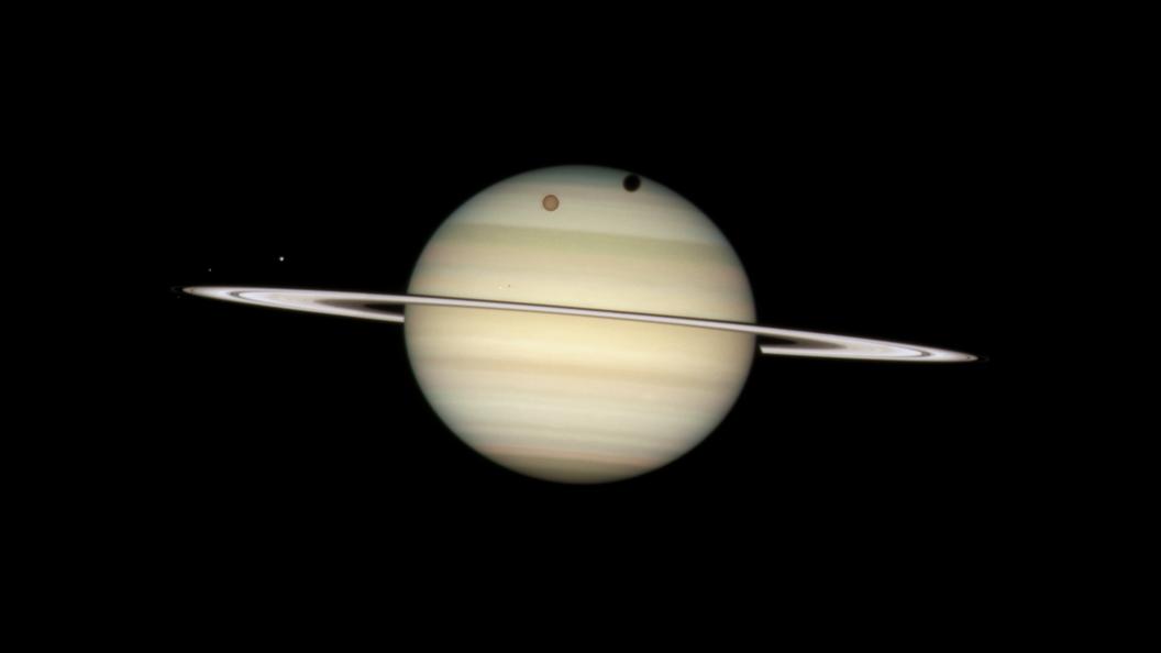 Ученые нашли молекулы-прародители жизни в бульоне Титана