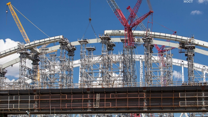 Киев обреченно ждет морской изоляции после завершения строительства Крымского моста