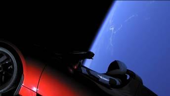 Пиар-акция с запуском Tesla к Марсу сделала из автомобиля спутник